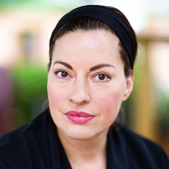 Julia Dahmen, Actors Agency Osman, Schauspielagentur
